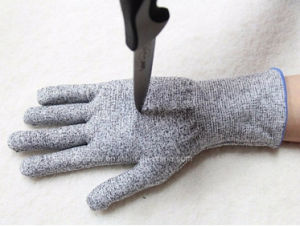 HDPE Foam Nitrile and PU Coated Nocry Cut Resistant Level 5 Industrial Labor Safety Protective Work Gloves pictures & photos