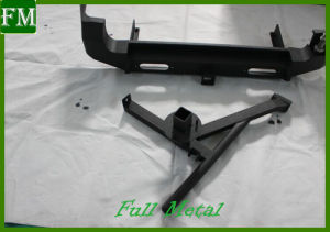 07-15 Suzuki Jimny Black Back Bumper with Spare Tire Bracket pictures & photos