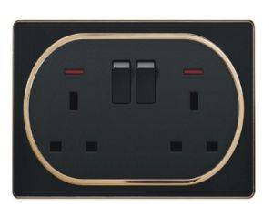 British Standard Black Double 13A Square-Pinned Switched Socket with Neon pictures & photos
