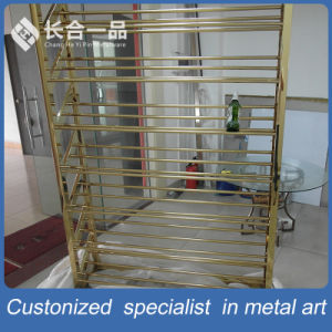 Wholesale Customized Bronze 8k Mirror Wine Rack Display for Suppermarket/Villa pictures & photos