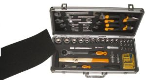 Aluminum Case Hand Tool Kit Hand Tool Set pictures & photos