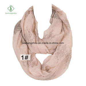 2017 Europe Viscose Flower Printed Infinity Neck Warmers Fashion Scarf pictures & photos