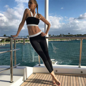 Stretchable Dry Fit Women Sports Clothing Simple Design Two-Piece Set pictures & photos