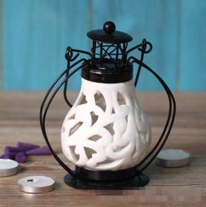 Unique Hollow out Design Ceramic Candle Holder with Lid pictures & photos