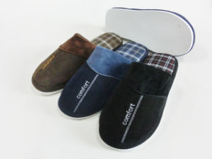 New Winter Men Indoor Warm Slipper with Plaid pictures & photos