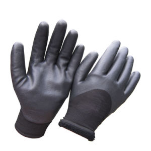 Insulated Double Liner Coated Sandy Nitrile Soft Winter Work Glove pictures & photos