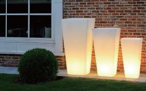 Decoration Garden Illuminated Waterproof LED Cube Planter pictures & photos