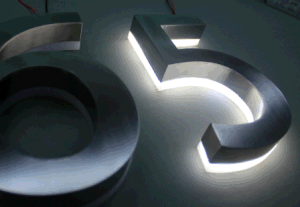 Back Lit Brushed Stainless Steel Channel Letter Advertising Signboard pictures & photos