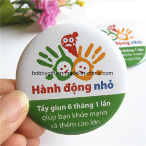 Promotional Cheap Cartoon Souvenir Button Badge Factory pictures & photos