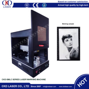 30W Fiber Laser Engraving Machine for Phone Cases pictures & photos