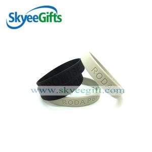 Custom Design Silcione Wristband with High Quality pictures & photos