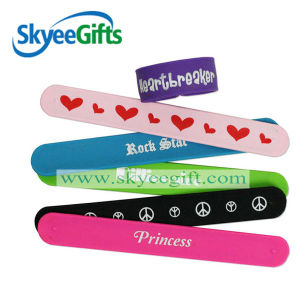 Customed Made PVC Slap and Silicone Slap Bracelets pictures & photos