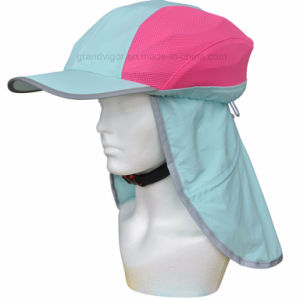High Vis Waterproof Bicycle Helmet Hat with Reflective Cover pictures & photos