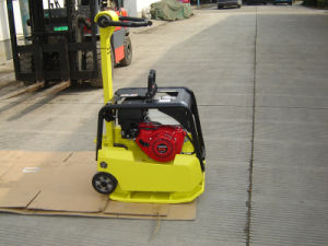 Plate Compactor with Wheel and Water Tank pictures & photos