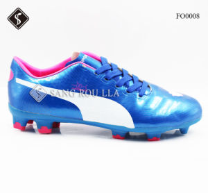 Soccer Shoes with Lightweight and Comfortable & Synthetic pictures & photos