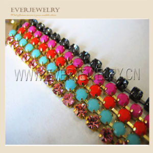 Crystal Rhinestone Chain Trimming for Wedding Dress Fancy Rhinestone Metal Cup pictures & photos