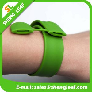Creative Style Slap Silicone Slap Hand Band pictures & photos