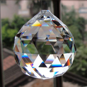 Machine Cut Crystal Glass Chandeliers Ball Pendant pictures & photos
