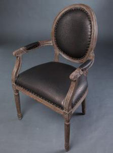 Chinese Antique Oak Wood Armchair pictures & photos