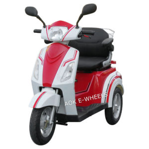 Disabled 500W 3 Wheel Electric Mobility Scooter for Elder People pictures & photos