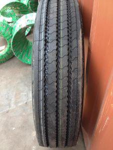 Doppelstern/Roadlux/Long 11. März r22.5, 315/80r22.5, 12r22.5, 295/75r22.5, 215/75r17.5 Truck Tyre Pattern Dsr266 mit Highquality