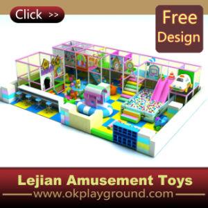 Campo de jogos interno das crianças do Ce ajustado (T1245-3)