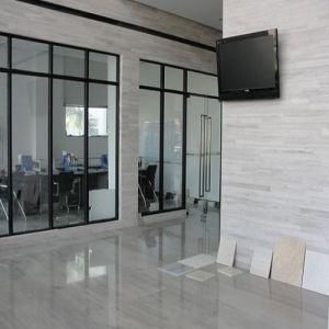 Blanco gris natural negro caf azulejo de piso de madera for Piso de marmol negro