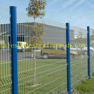 Curvy geschweißtes Maschendraht-Zaun-Panel/3D gekurvt, verbiegenden dreieckigen Maschendraht-Zaun einzäunend