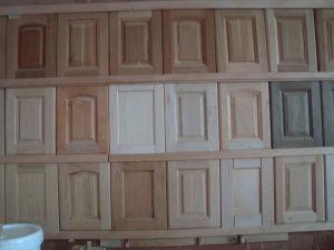 Portas de arm 225 rios da cozinha da madeira cont 237 nua portas de