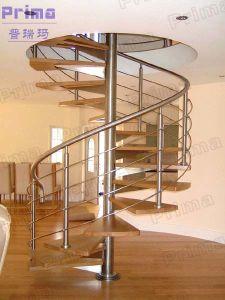 cubierta decorativa de madera de acero escalera de caracol