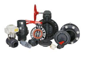 Vanne pour le raccordement de tuyaux en PVC
