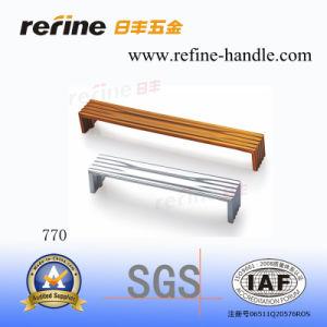 Poignée en alliage de zinc de meubles de matériel (Z-770)