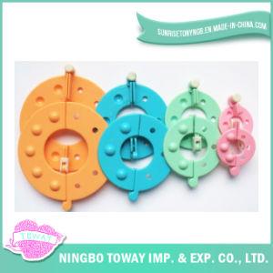 Ferramenta de confeção de malhas plástica da agulha da esfera dos brinquedos dos fabricantes do Pompom do teste padrão