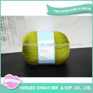 Métier bon marché acrylique des prix tricotant le filé de laines organique pour des chaussettes