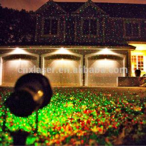 jardin ext rieur allumant le projecteur multi de laser de