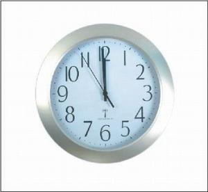 Horloge à commande radio (KV1505)