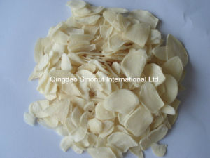 El ajo deshidratado forma escamas polvo de los gránulos