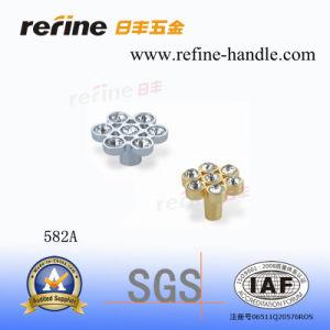 Molette en alliage de zinc de meubles de diamant (Z-582A)