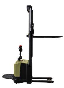 Elektrische Stapelaar 1.4T