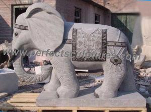 Stenen olifant tuin