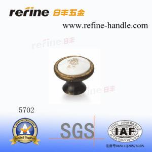 Molette en alliage de zinc de meubles de matériel (Z-5702)