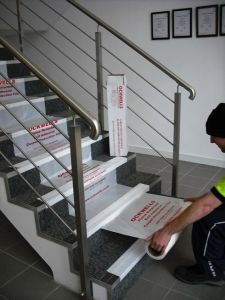 Rodillo del protector para la alfombra de la escalera - Alfombra para escalera ...