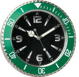 Horloge de mur en métal