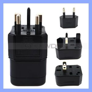 UniversalTravel Adapter mit Multi Plug Charger 3 in 1 Adapter (PLUG-261)
