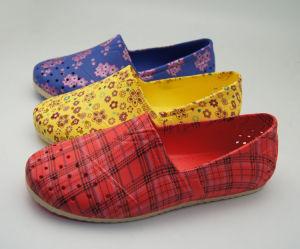 Eva elegante Ladies Shoe com Corduroy Upper e EVA Outsole, OEM Services Provided