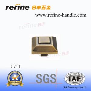 Bouton en alliage de zinc de Cabinet (Z-5711)