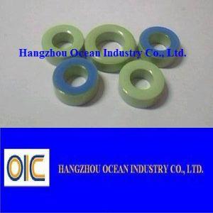 Noyau magnétique toroïdal de boucle de couleur verte