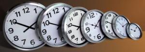 Horloge de mur en aluminium