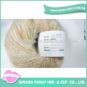 Fio extravagante acrílico tingido tricotando manualmente colorido de lãs
