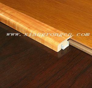 [7-ند] يزيّن غطاء/قطاع جانبيّ لأنّ أرضية خشبيّة